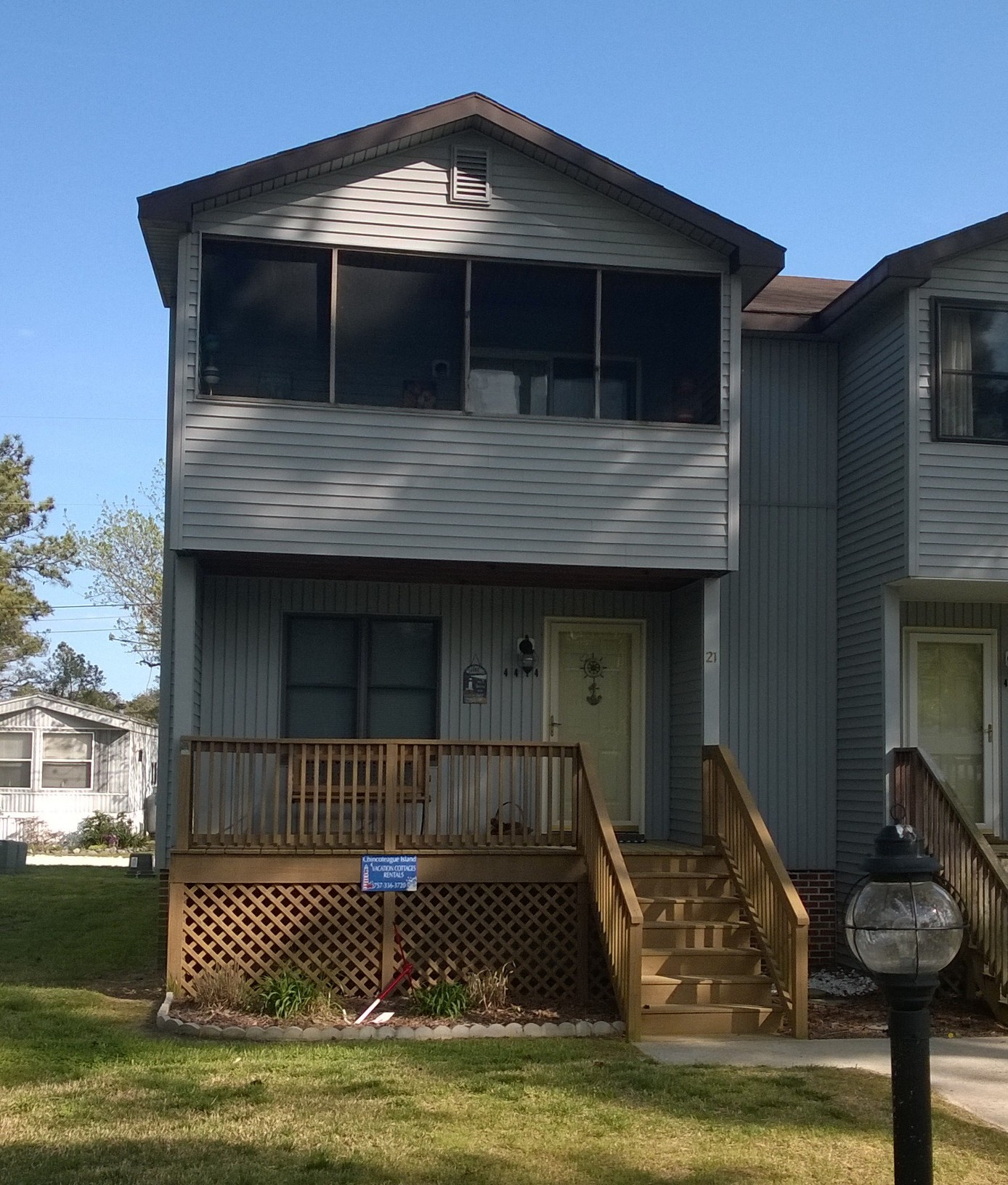 Waterfront Townhome Boasts Cool Urban Style: Chincoteague Vacation Rentals